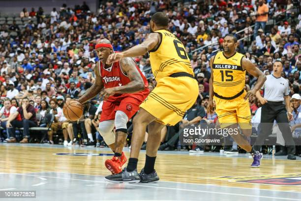 Trilogy Al Harrington dribbles around Killer 3's Alan Anderson during the Big 3 Basketball playoff game between the Trilogy and the Killer 3's on...