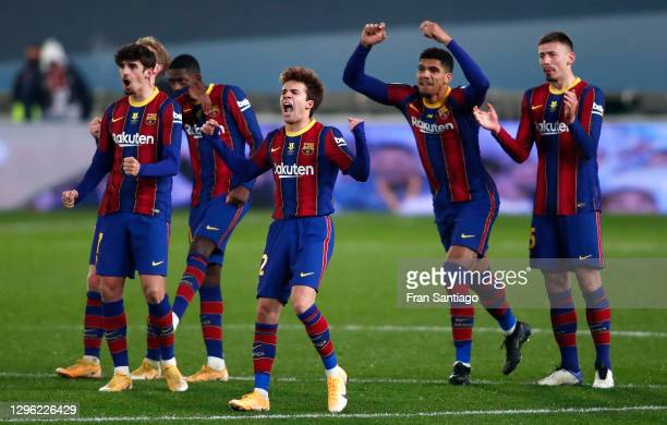 Trincao, Ousmane Dembele, Ricard Puig, Ronald Araujo, Clement Lenglet of Barcelona celebrate during a penalty shoot out during the Supercopa de...