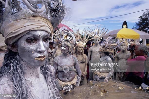 Trinidad Port Of Spain Carnival Parade Of Bands Mudmen Group