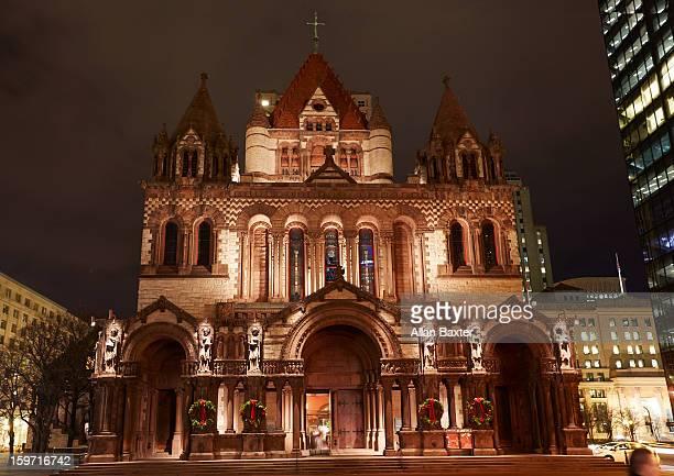 trinity church at night - copley square stock-fotos und bilder
