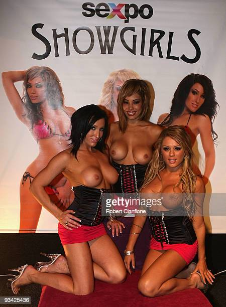Trinity Porter, Taylor Gunz and Jewell Tyler pose during Melbourne Sexpo 2009 at the Melbourne Exhibition Centre on November 26, 2009 in Melbourne,...