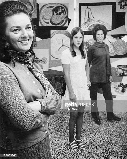 NOV 19 1970 DEC 2 1970 Trio To Model In Euclid Junior High DoItyourself Style Show From left Mrs Bonnie Greene Lisa Henick Show will be Dec 10
