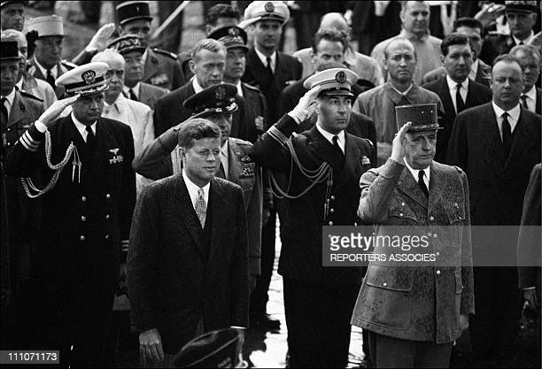 Trip Of John F Kennedy In Paris President John F Kennedy And President Charles De Gaulle On The Tomb Of The Unknown Soldier At The Arc De Triomphe In...
