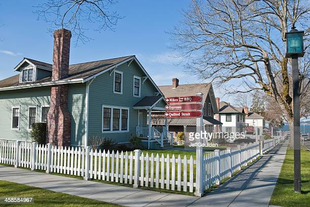 company owned houses become shops in historic port gamble - kitsap county washington state stock pictures, royalty-free photos & images