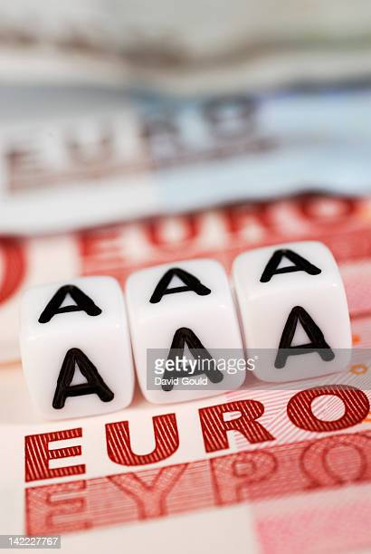 triple a credit rating with euro bank note - 金融政策 ストックフォトと画像