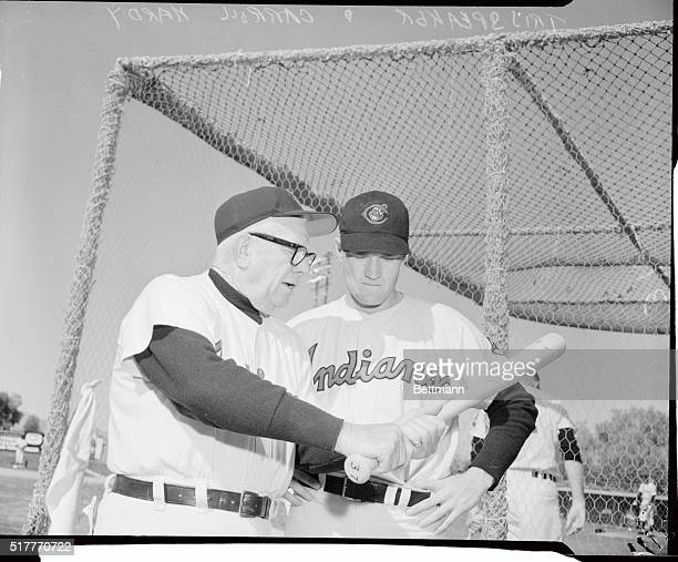 Tris Speaker giving Carroll Hardy hitting instructions