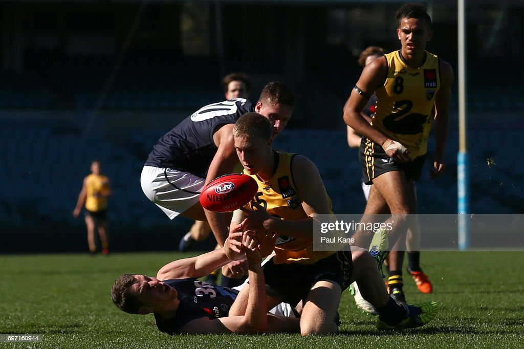 Tristan Xerri of Vic Metro and Oscar Allen of Western Australia contest for the ball during the U18 Championships match between Western Australia and Victoria Metro at Domain Stadium on June 18, 2017 in Perth, Australia.