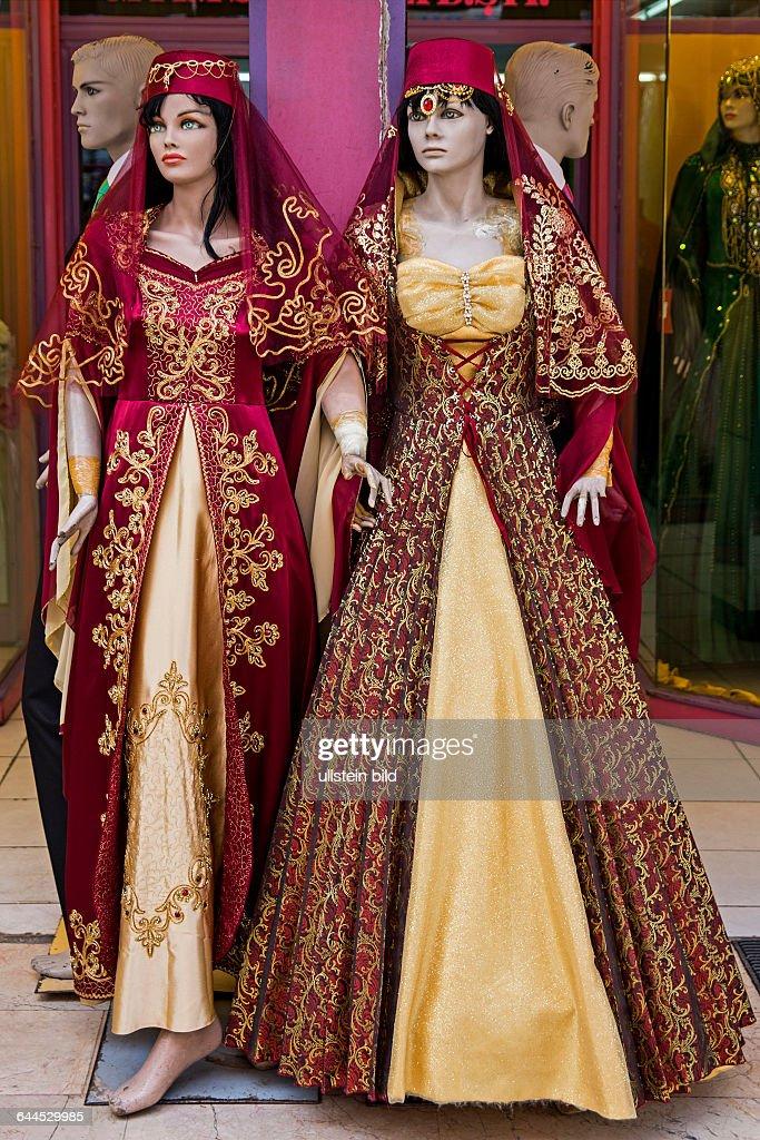 traditionelle Kleidung, orientalischer Basar, Ankara, Tuerkei ...