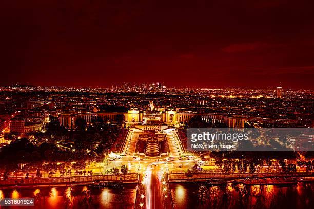 Trocadéro et de la Seine depuis la tour Eiffel de nuit