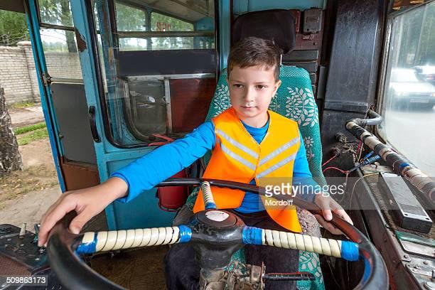 トロリーバスが運行していドライバ