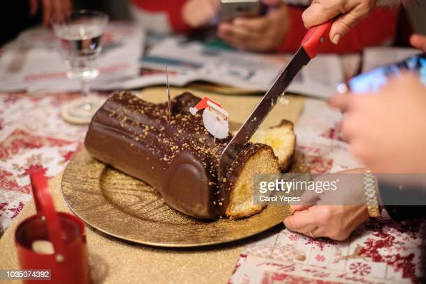 """"""" tronco de navidad""""-typical spanish dessert in christmas time - carol cook stock pictures, royalty-free photos & images"""