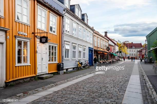 "trondheim, bakklandet - norway - ""peeter viisimaa"" or peeterv stock pictures, royalty-free photos & images"
