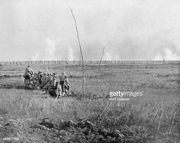 Troops attacking enemy trenches Chemin des Dames France First World War 5 May 1917