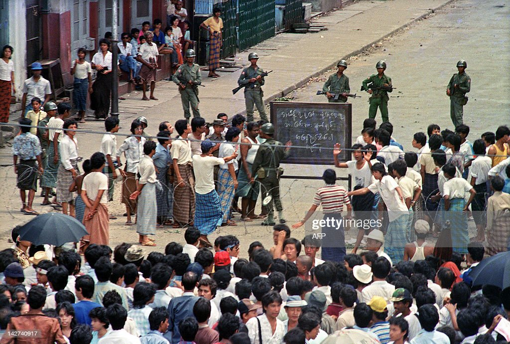 Troops order a crowd 26 August 1988 in d : News Photo