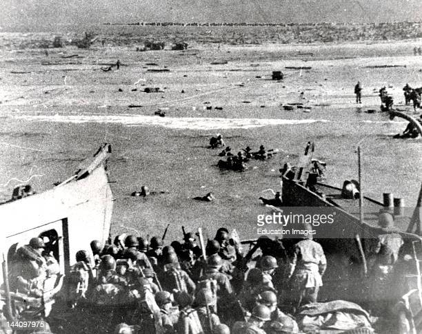 Troops Wading Ashore At Utah Beach June 6 1944