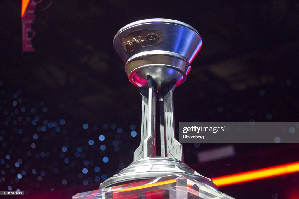 A trophy stands on stage ahead of the grand final game during the Halo World Championship finals in Seattle, Washington, U.S., on Sunday, April 15, 2018. E-sports revenue, consisting of merchandise, event tickets, sponsorships, advertising and media rights -- all beyond game sales -- is expected to rise at a 32.2% average annual rate in 2016-20 to $1.5 billion in 2020, according to Newzoo. Photographer: David Ryder/Bloomberg via Getty Images