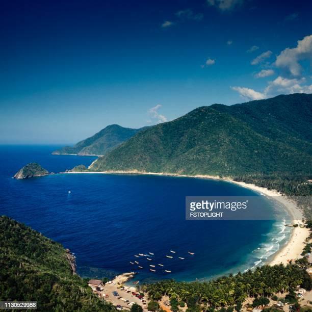 bahía tropical - paisajes de venezuela fotografías e imágenes de stock