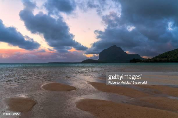 tropical beach, le morne brabant, indian ocean, mauritius - インド洋 ストックフォトと画像