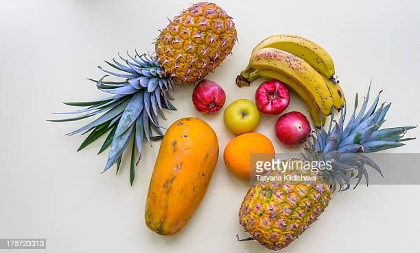 tropical fruit - fruta tropical fotografías e imágenes de stock