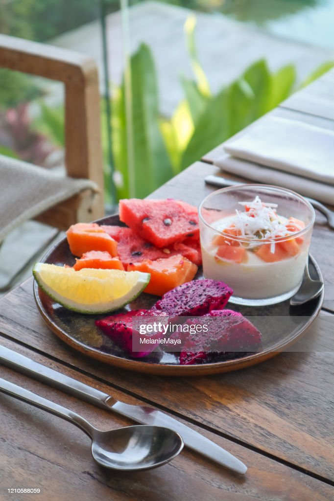 Tropical Fruit Platter For Breakfast With Vegan Coconut Yoghurt High Res Stock Photo Getty Images