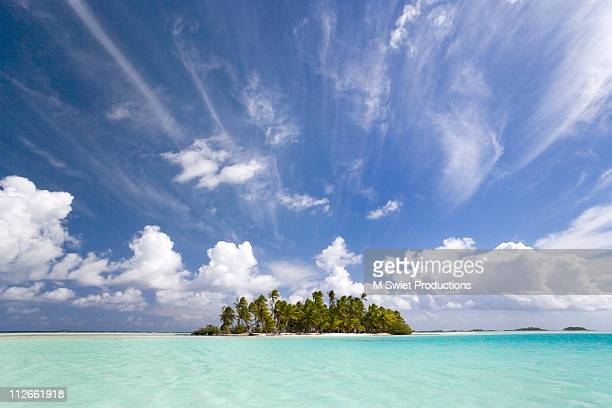 tropical island paradise - tahiti stock pictures, royalty-free photos & images