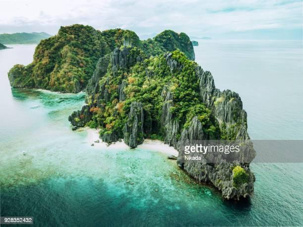 Tropischen Insel mit Felsen, Palawan, Philippinen