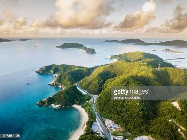 tropischen inseln von oben - japan stock-fotos und bilder