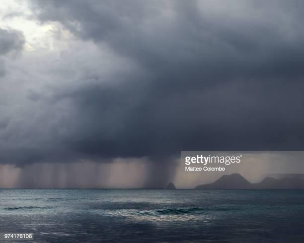tropical storm in the caribbean sea - isla martinica fotografías e imágenes de stock