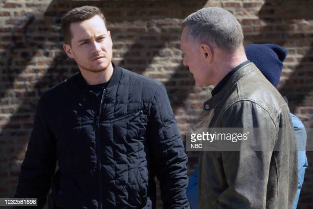 """Trouble Dolls"""" Episode 813 -- Pictured: Jesse Lee Soffer as Jay Halstead, Jason Beghe as Hank Voight --"""
