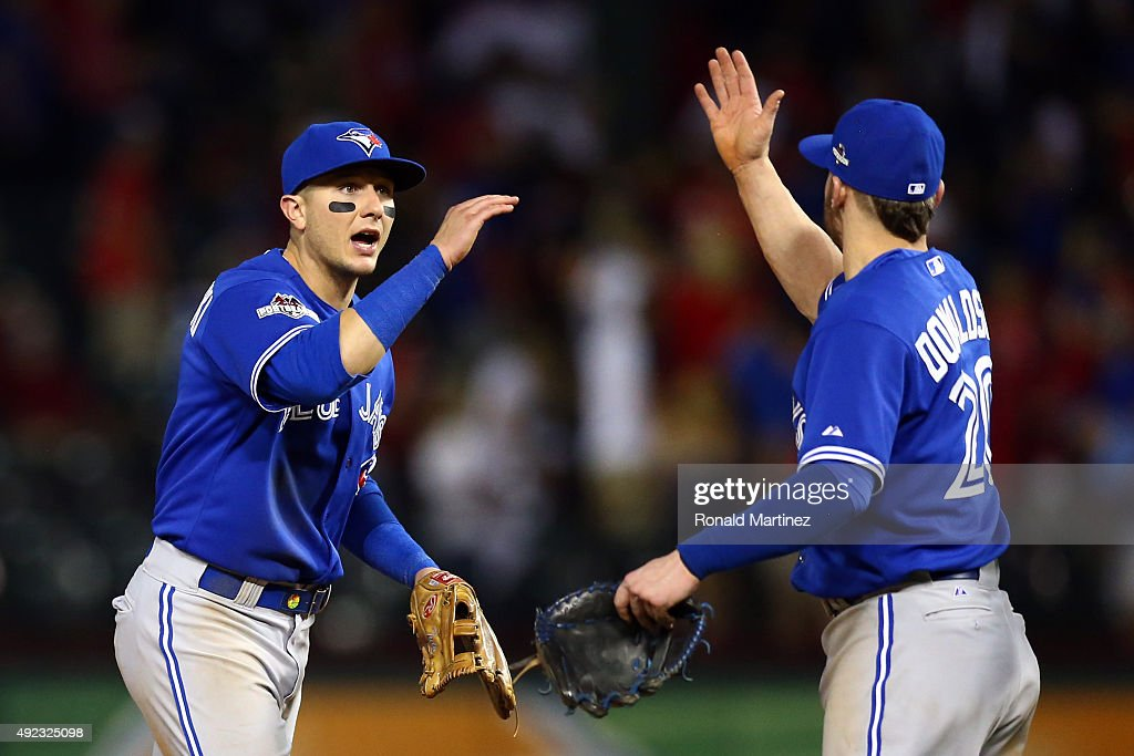 Division Series - Toronto Blue Jays v Texas Rangers - Game Three : News Photo