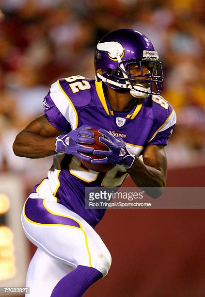 Troy Williamson of the Minnesota Vikings runs with the ball against the Washington Redskins on September 11, 2006 at FedEx Field in Landover,...