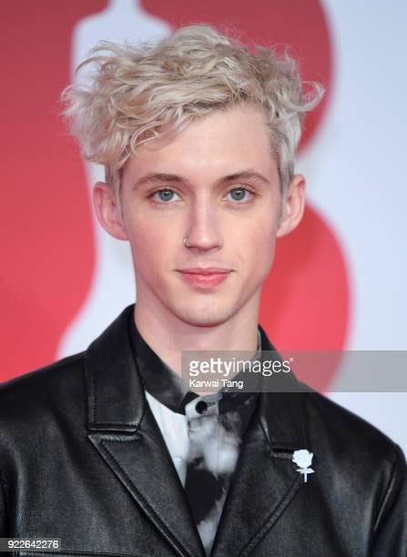 AWARDS 2018 *** Troye Sivan attends The BRIT Awards 2018 held at The O2 Arena on February 21 2018 in London England
