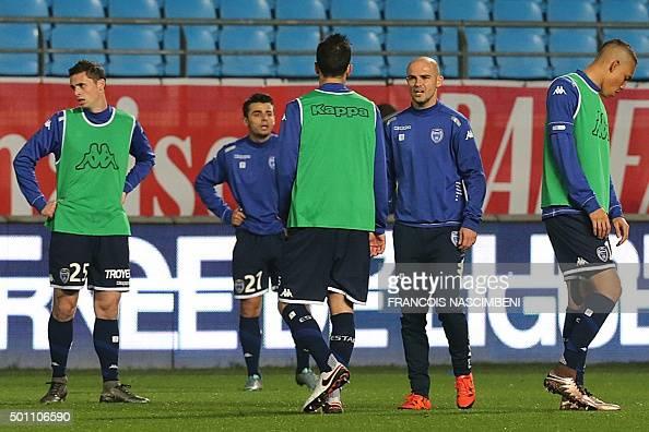 Estac troyes v sc bastia ligue 1 photos and images for Match estac