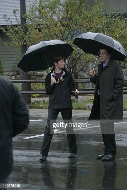 INTENT Tru Love Episode 2 Aired 9/26/06 Pictured Julianne Nicholson as Detective Megan Wheeler Chris Noth as Detective Mike Logan Photo by Virginia...