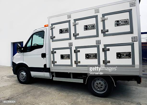 truck for animals