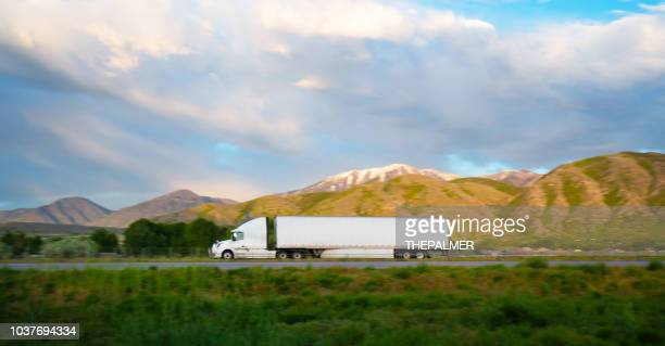 truck on the road utah, usa - semi truck stock pictures, royalty-free photos & images