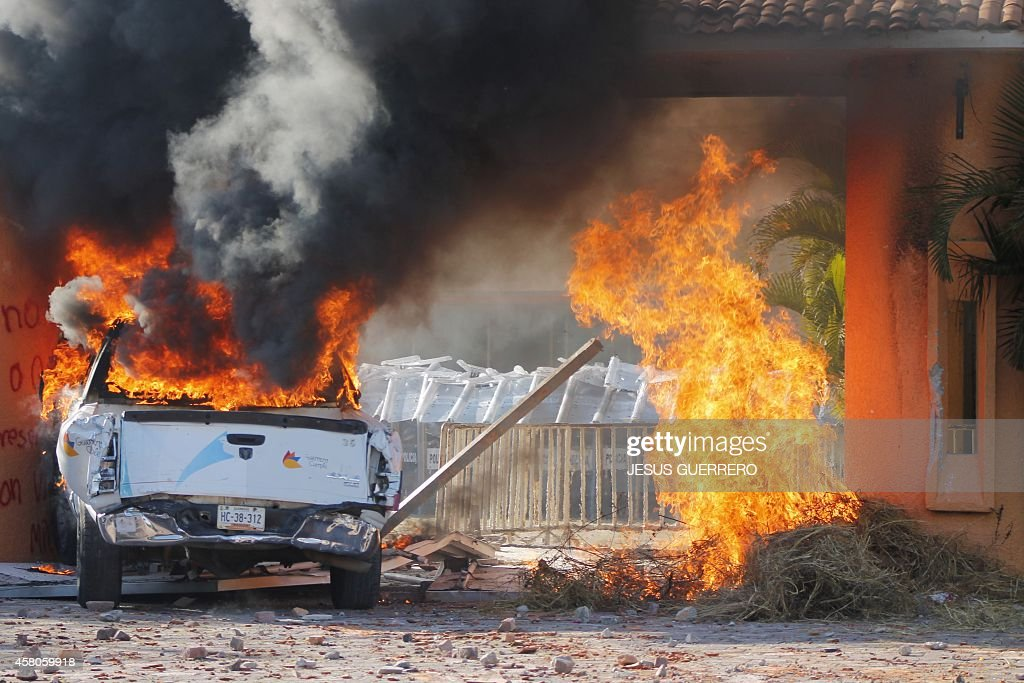 MEXICO-CRIME-STUDENTS-PROTESTS : News Photo