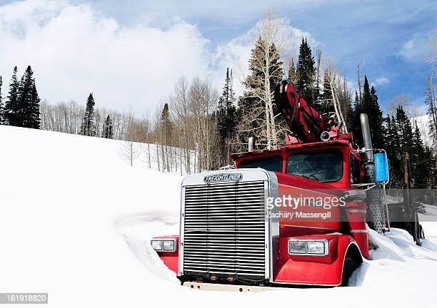CONTENT] Truck Snowed in on mountain pass in Manti La sal park Utah