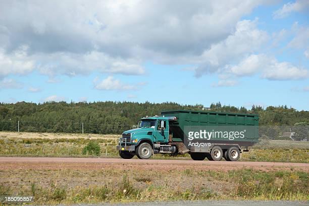 camion à benne à ordures - eboueur photos et images de collection