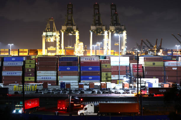 CA: Southern California Ports Work Through Night To Help Ease Congestion