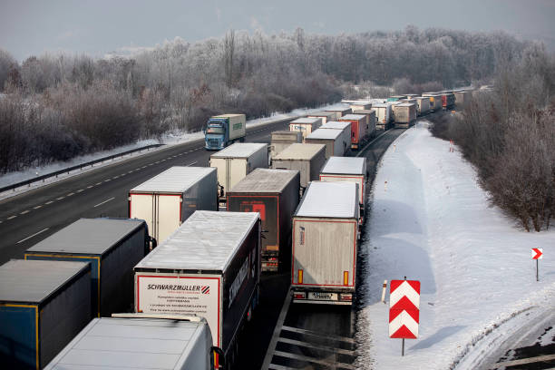 DEU: Germany Imposes Strict Border Restrictions For Tyrol And The Czech Republic