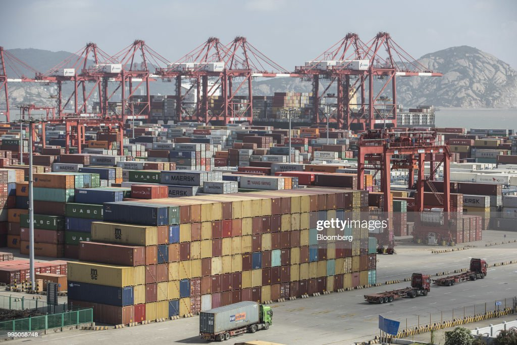 Yangshan Free Trade Port as US-China Trade Conflict Escalates : News Photo