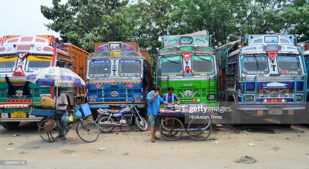 Truck Operators Begin Nationwide Indefinite Strike
