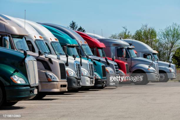 trucks parked at truck stop, missouri, usa - semi truck stock pictures, royalty-free photos & images