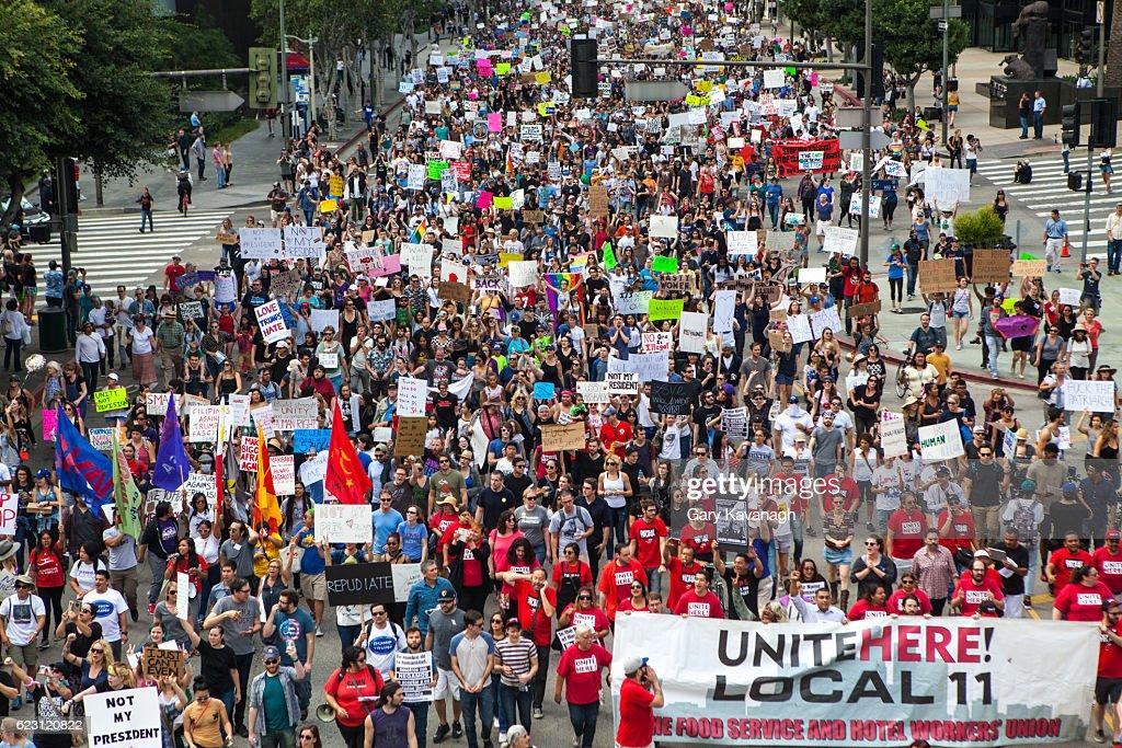 Trump Protest March, Figueroa Street Downtown Los Angeles : Foto de stock