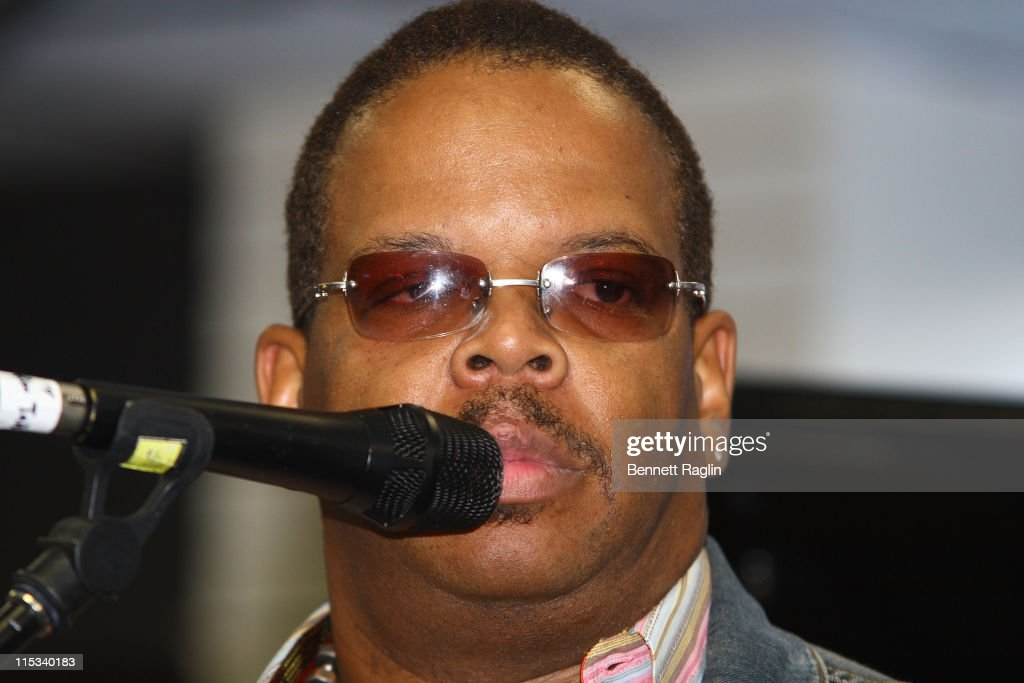 Terence Blanchard Performs and Sign Autographs at J&R Music and