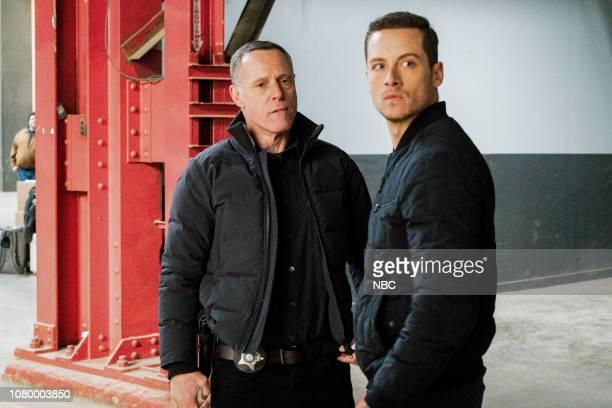 D Trust Episode 611 Pictured Jason Beghe as Hank Voight Jesse Lee Soffer as Jay Halstead