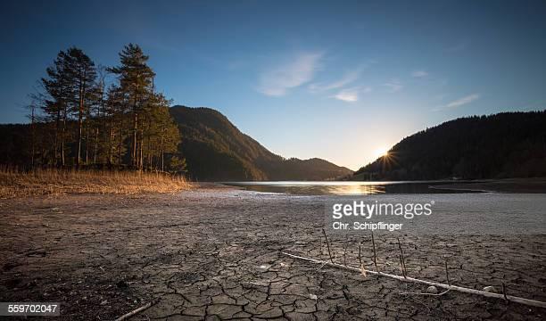 try lake - lake bed stock-fotos und bilder