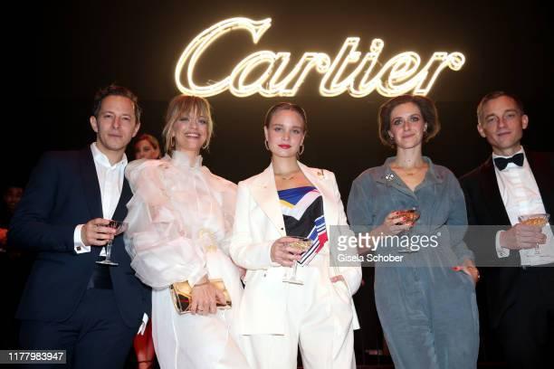 "Trystan Puetter, Heike Makatsch, Sonja Gerhardt, Miriam Stein, Volker Bruch during the ""Clash de Cartier - The Opera"" event at Eisbachstudios on..."
