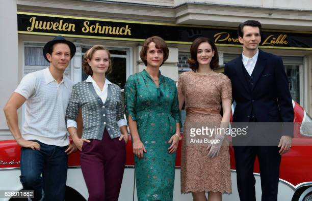 Trystan Puetter Sonja Gerhardt Claudia Michelsen Maria Ehrich and Sabin Tambrea during a set visit of 'Ku'damm 59' on August 25 2017 in Berlin Germany